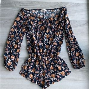 Honey punch floral romper navy blue small